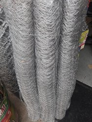 28 GAUSE Silver Chicken Mesh 3ftx 25 Mtr 28 Gauge Roll, Size: 3 Ft X 25 Mtr, for Fencing
