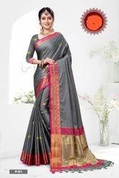 Anchal Butta Zari Weaving Saree