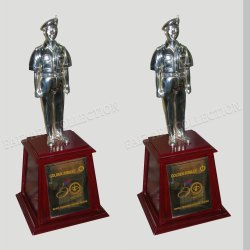 1031 Man Shape Trophy