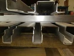 Friction Sawing SS Plate Cutting Services up to 100 mm Thickness