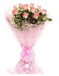 Floweringo 12 Pink Roses Bouquet