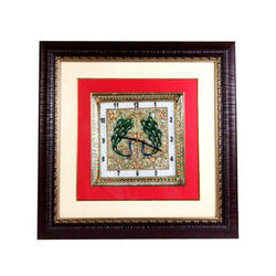 Middle Red Border Marble & Wooden Clock