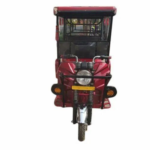 Red 4 Seater HOP Electric E Rickshaw