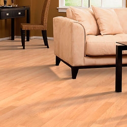 Maple Laminated Wooden Flooring