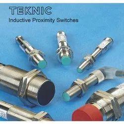Cylindrical Teknic Inductive Proximity Switch, Model No.: EGT