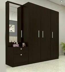 Designer Wooden Wardrobe With Mirror