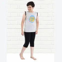 Cotton Casual Wear Boys Plain Capri, Size: 32.0