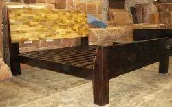 Wooden Designer Bed, Size/Dimension: 6x5 Feet
