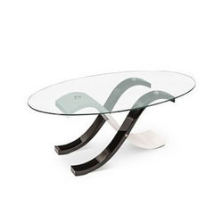Oval Transparent Coffee Glass Center Table, Size: 2 X 4 Feet