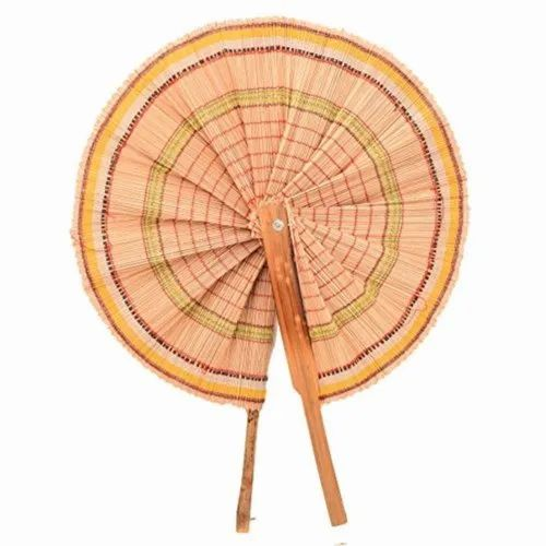 """Natural Hand Made Folding Bamboo Hand Fan, Size/Dimension: 10"""" - 11"""", Round And Foldable"""