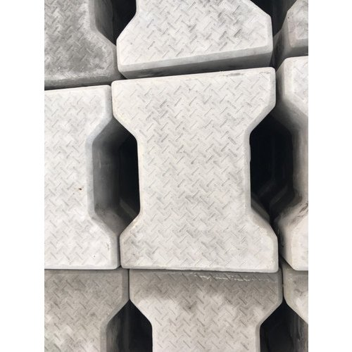 Grey Concrete Dumbbell Interlocking Tiles Block, Thickness: 16 mm