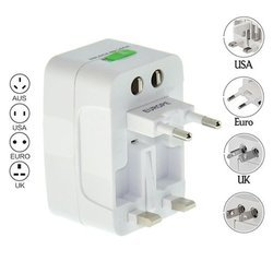 ROQ Square Universal Travel Adapter