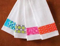 Printed White Cotton Kitchen Towel Set, Wash Type: Hand Wash, Size: 16*28 Inch