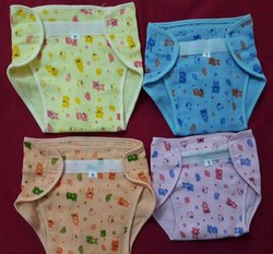 Supreme apperals Male Baby nappy, Packaging Type: 12pis