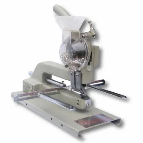 Manual Eyelet Machine