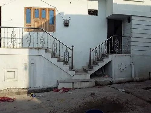 Stairs Jindal 304 Stainless Steel Railings, For Home, Rs ...