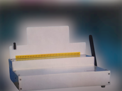 Books spiral binding machine