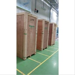 Termite Resistant Rectangle Pine Wooden Packaging Box, for Shipping, Box Capacity: 500-1100 kg
