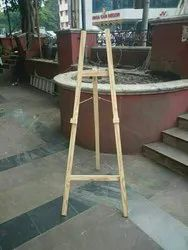 Solid Wood Wooden Easel, Size: 5. Feet