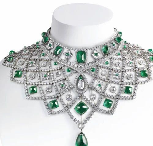 Luxury Diamond Necklace, हीरे का हार in Up Hill, Malappuram , Naseema Gold  And Diamond | ID: 19477302230