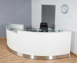 Wooden C Shape Reception Table, for Corporate Office
