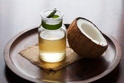 Coconut Oil Cold pressed, Grade: Pharma,Cosmetics And Food, Low Cholestrol