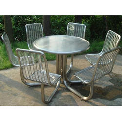S.S. Outdoor Benches with Table