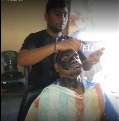 Short Hair Cutting Service And Bleach Service Service Provider