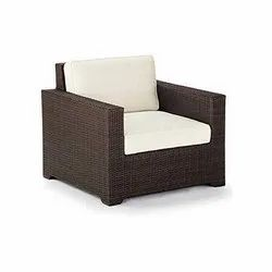Universal Furniture Rattan and Wicker Outdoor Sofa Chair