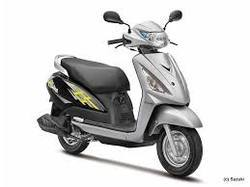 Suzuki Swish 125 Scooters