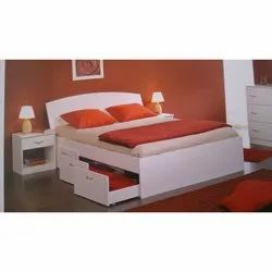 Wooden Laminate Double Bed Designing Services, For Living Room, With Storage