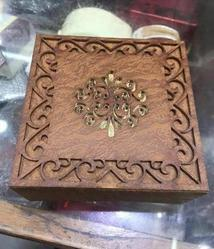 Square sheesham wood Wooden Gift Box, For Gifting, Size/Dimension: 6x6x2 Inch