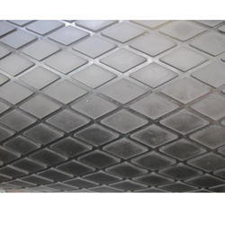Diamond Groove Rubber Mat