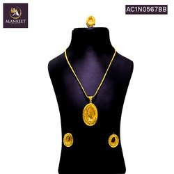 One Gram Gold Plated Designer Pendant Set with Earring