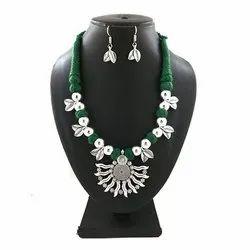 Oxidized Green Thread Leaf Necklace Set