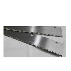 Zig-Zag Fabric Cutting Blade