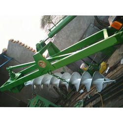 Post Holes Tractor Mounted  Drilling Rig