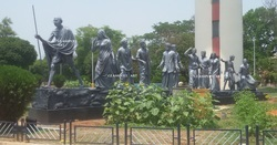 MULTI Gandhi March Statue, Size/Dimension: H 8 FT X W 33 FT