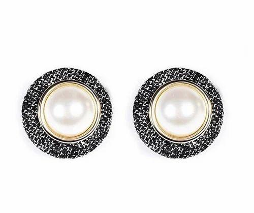 Gold Vintage Pearl Tweed Xl Stud Earring