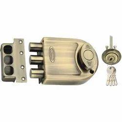 Brass DLTB01 Spider Tri Bolt Door Lock, Size: 125 Mm