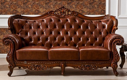 Exceptionnel Wooden Covered Sofa