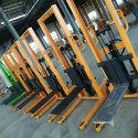 LIFTING MACHINE / LIFTING EQUIPMENT
