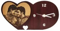Analog heart Wooden Design Stand Clock, Size: 6 X 8 (inches)
