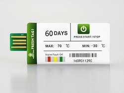 Disposable Temperature Data Logger