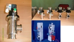BVT Stainless Steel Vacuum Right Angle Valves, Model Number/Name: BVT