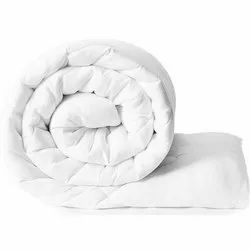 White Polyfill Quilt