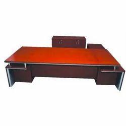 Brown Ractangular Manager Wooden Table, Brand: Veeton