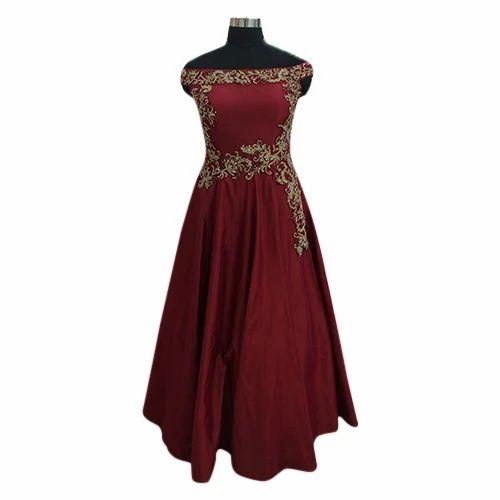 5836d576b24 Net Women Designer Party Wear Gown