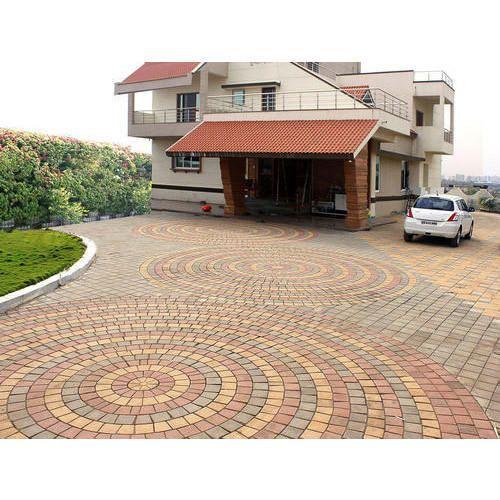 Circular Pattern Square Paver Blocks