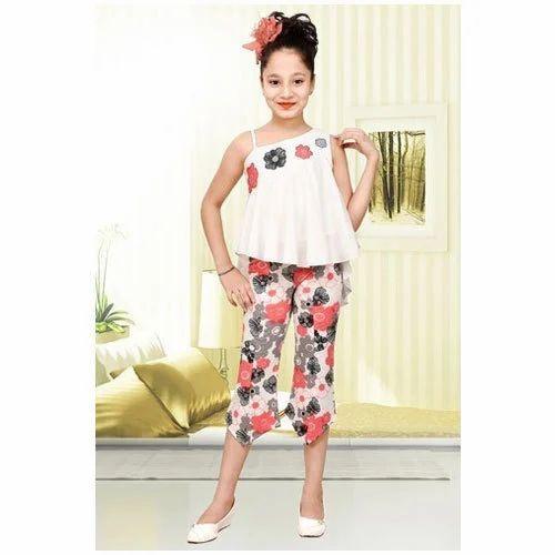 f42e5e80 Cotton Casual Wear Kids Girl Top And Capri Set, Rs 650 /set | ID ...